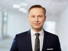 Edgar Koleśnik, Abris