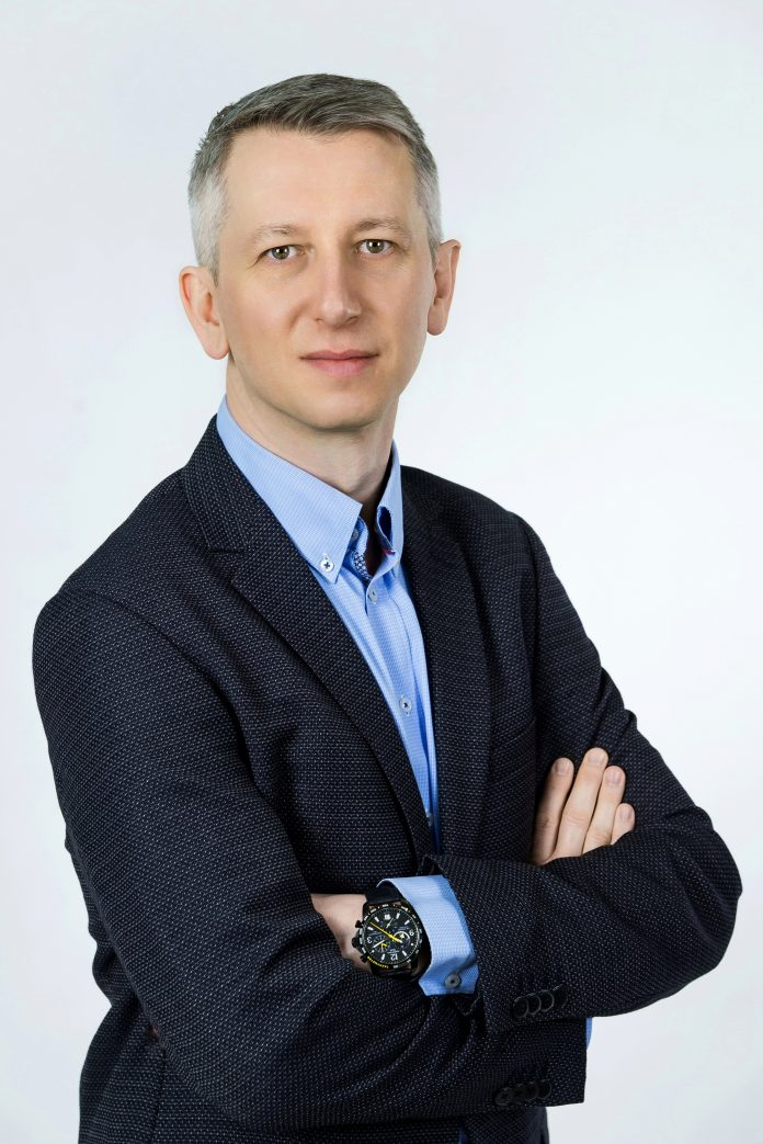 Marek Janiak, DOMINION Polska